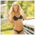 Girl with muscle - Rachel Scheer