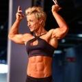 Girl with muscle - Claudia Lambertus