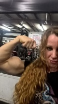 Girl with muscle - Lindsay Mulinazzi