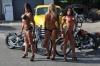Girl with muscle - Maria Luisa Baeza Diaz / Larissa Reis / Jennifer S