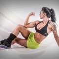 Girl with muscle - Renata Costa