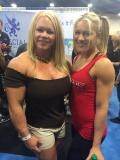 Girl with muscle - Aleesha Young (L), Felice Herrig (R)