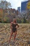 Girl with muscle - Maria Rita Penteado