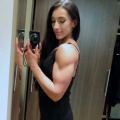 Girl with muscle - Jennifer Ullmer