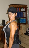 Girl with muscle - Elsa Giraldo