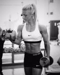 Girl with muscle - Svenja Siewert