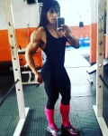 Girl with muscle - Flores Neide