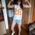 Girl with muscle - Karolina Hrbkova