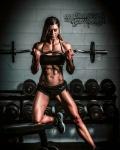 Girl with muscle - Nicole Howarth