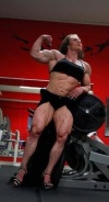 Girl with muscle - Roberta Tuor-Zazzaron