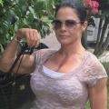 Girl with muscle - Kimberly Jaffar-Merlin