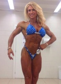 Girl with muscle - Brigitte Subrin