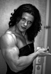 Girl with muscle - Elena Oana Hreapca