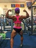 Girl with muscle - Ton Hoang Khanh Lan