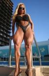 Girl with muscle - flavia crisos