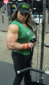Girl with muscle - Isabelle Turell