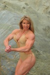 Girl with muscle - Lisa Taubenheim