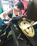 Girl with muscle - Carla Muñoz Seguel