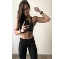 Girl with muscle - Stefanie Foli