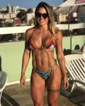 Girl with muscle - Roberta Mezencio