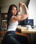 Girl with muscle - Monna Innominata
