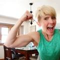 elizabeth (bicepsandblooms)