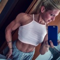 Girl with muscle - montse gil