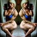 Girl with muscle - Julie Pereira