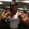 Girl with muscle - Adriana Kuhl