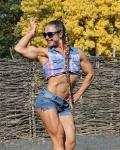 Girl with muscle - Olga Zhelamskaya