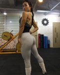 Girl with muscle - Na-Ri Yang
