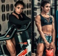Girl with muscle - Karina Chaves