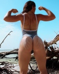 Girl with muscle - Suse Urrutia