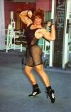 Girl with muscle - Laura Vukov Laureau