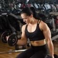 Girl with muscle - Bua Caroline Simmen