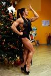 Girl with muscle - Lora Barbazza