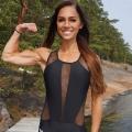 Girl with muscle - Amanda Essen