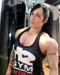 Girl with muscle - Laura Pintado Chinchilla