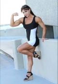 Girl with muscle - Aurika Tyrgale