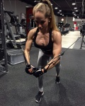 Girl with muscle - Sandra Dobrunz