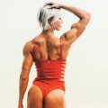 Girl with muscle - Liesl Damstra