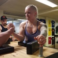 Girl with muscle - Victoria Karlsson