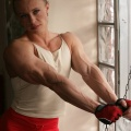 Girl with muscle - Elena Shportun