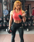 Girl with muscle - Franziska Lohberger