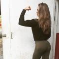 Girl with muscle - Emilia (eeemilian)