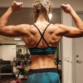 Girl with muscle - Susanne Lindahl