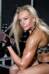 Girl with muscle - Figurechick26