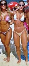 Girl with muscle - Nagila Coelho (l) Tatiana Donato (r)