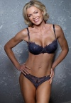 Girl with muscle - Nell McAndrew